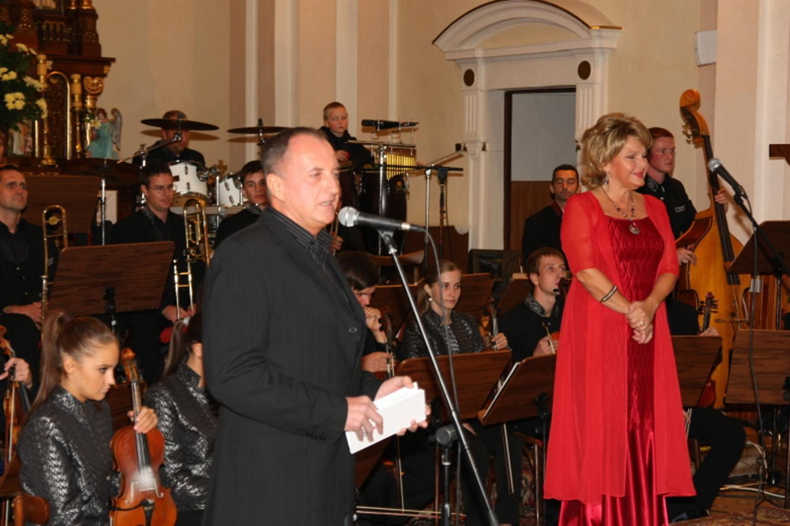 22. 10. 2011 Koncert - OTČE NÁŠ - Chynorany