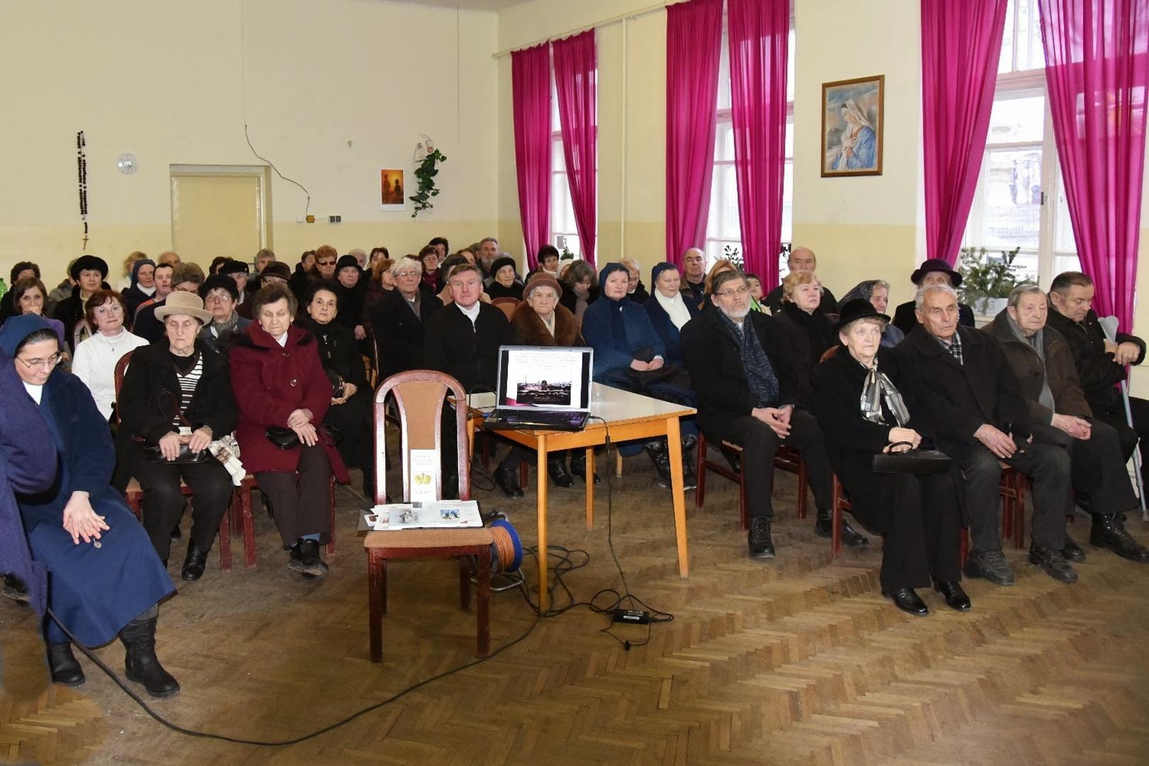 Stretnutie všetkých, ktorí prijímajú do svojho domu Pannu Máriu Zázračnej medaily