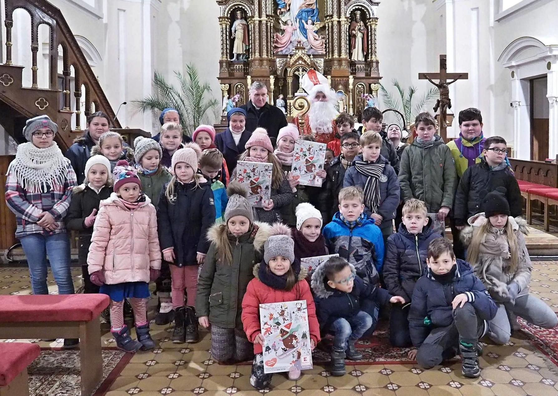 Svätý Mikuláš v kostole 6.12.2019