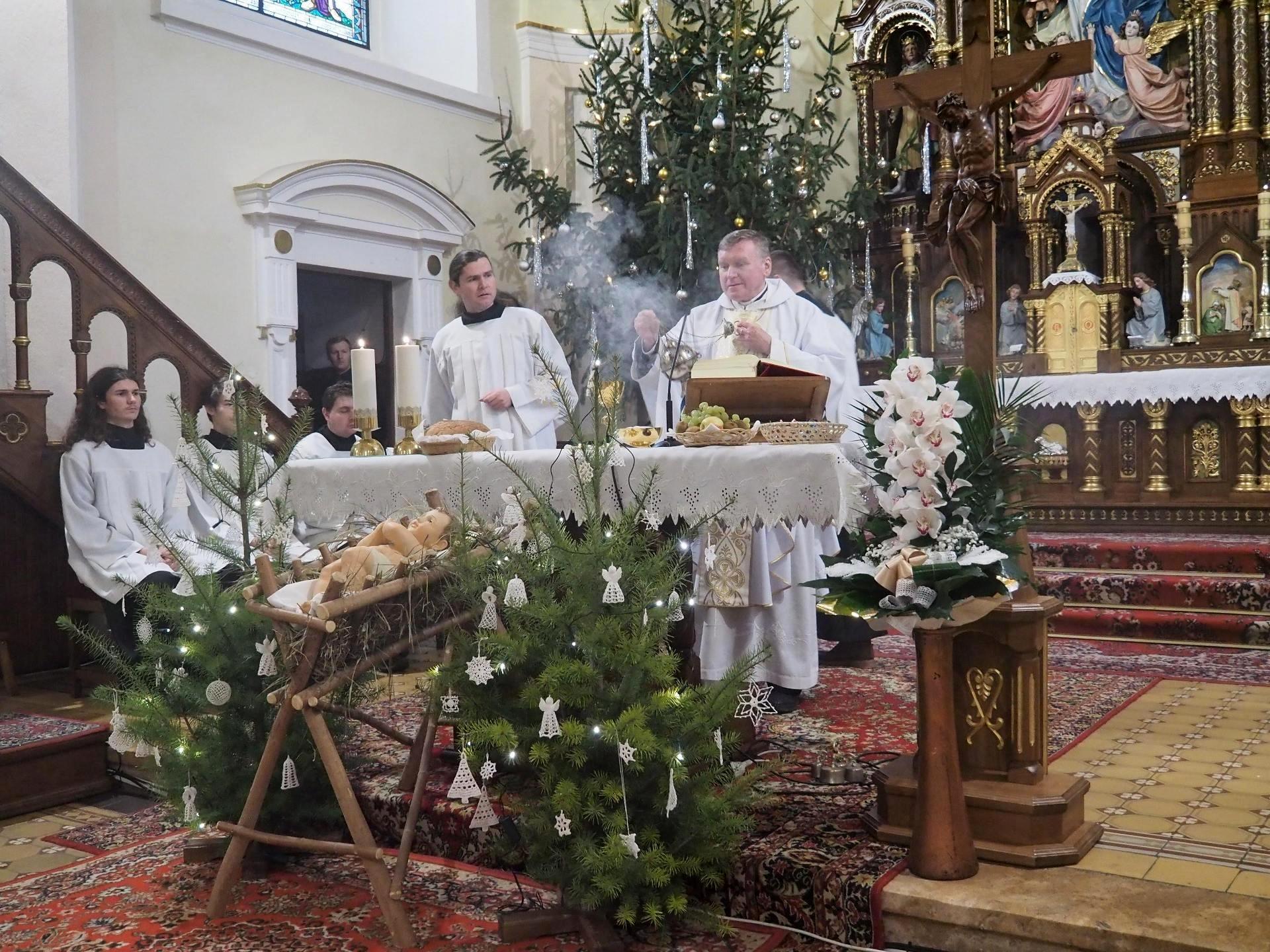 Slávnostná svätá omša NARODENIE PÁNA 25.12.2019